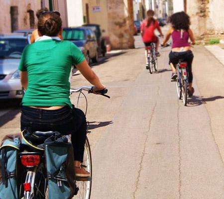 women-bike-trip